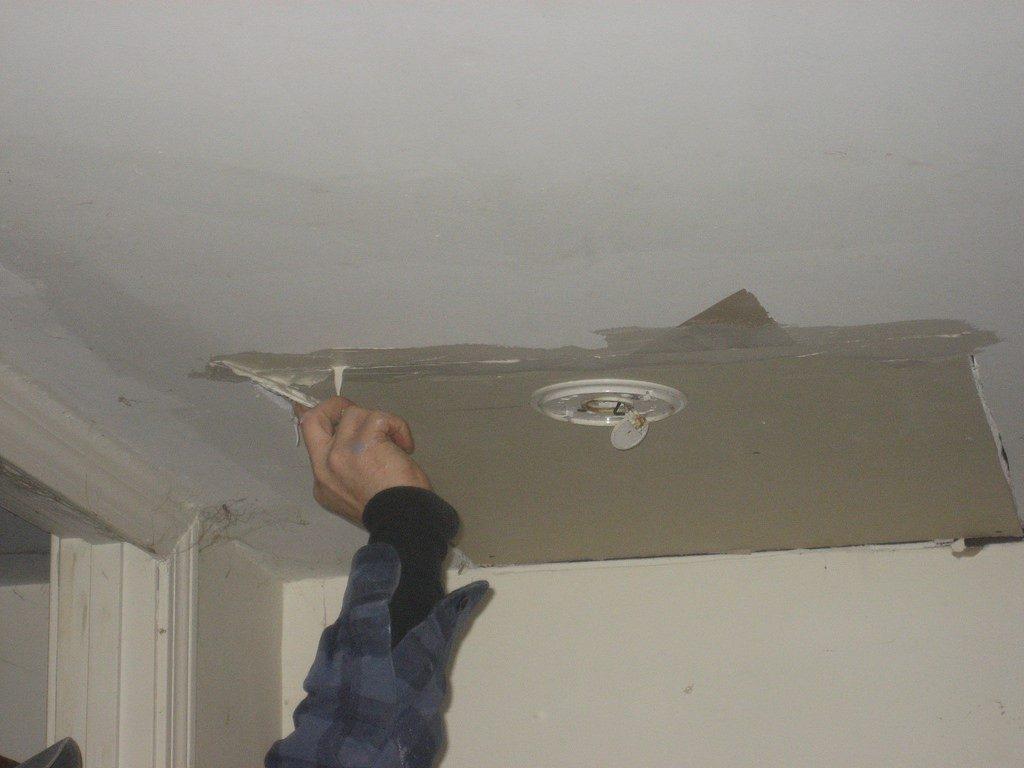 Wall and Ceiling Repairs - Repair Plaster Ceiling - Plaster Ceiling Repairs